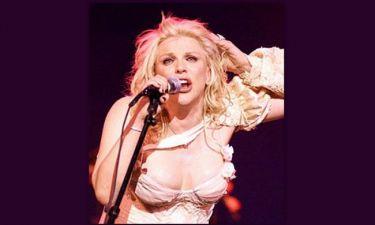 Ένοχη η Courtney Love από δικαστήριο για κλοπή κοσμημάτων
