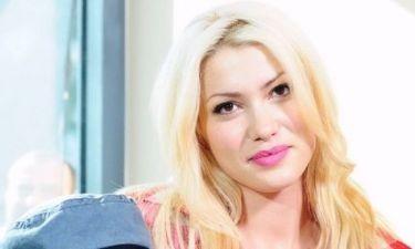 «Δεν θα είχα πρόβλημα να κάνω ένα παιδάκι εκτός γάμου» εξομολογείται η Κλέλια Ρένεση