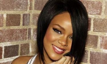 Αυτό είναι το νέο τραγούδι της Rihanna με τον Jay-Z (video)