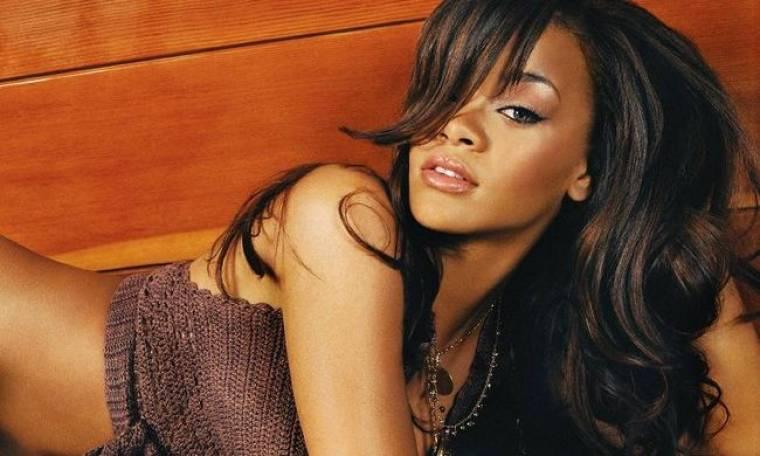 Rihanna: «Είμαι πολύ χαρούμενη που δεν έχω σχέση»