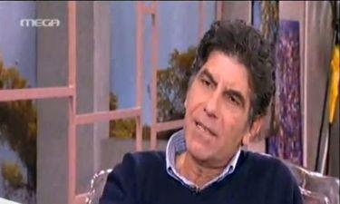 Γιάννης Μπέζος: «Με τους αγράμματους και τους ηλιθίους είμαι σνομπ»