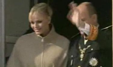Video: Η πρώτη δημόσια εμφάνιση του Πρίγκιπα Αλβέρτου με την Σαρλίν στο Μονακό!