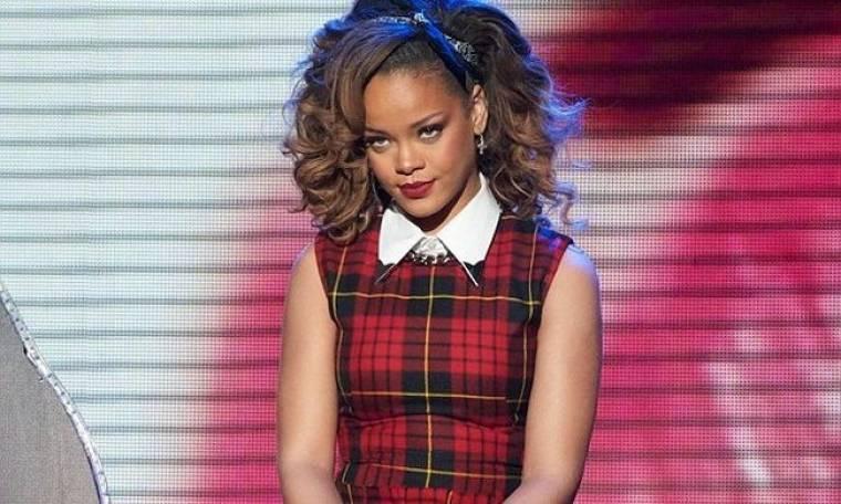 Η Rihanna… ντύθηκε για το X – Factor