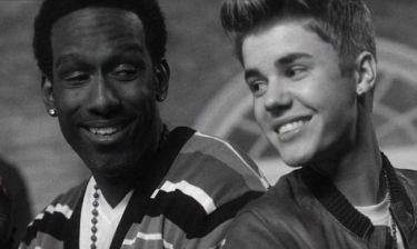 Video: Νέο χριστουγεννιάτικο τραγούδι από τον Justin Bieber