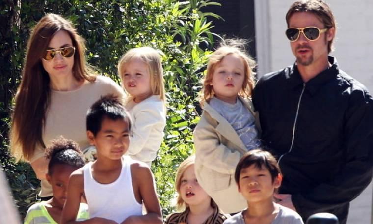 Brad Pitt: «Είναι ένα μικρό χάος το σπίτι αλλά μου αρέσει»