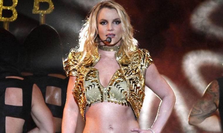 Video: Δείτε τη Britney Spears να τραγουδά στη σκηνή στα 10 της χρόνια