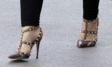 Κοστίζουν 1.000 δολάρια, ποια τα φοράει;