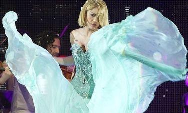 Shakira: Μπορεί και με κοντά μαλλιά
