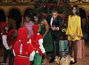 Ο Bieber τραγουδά τα κάλαντα για την οικογένεια Ομπάμα