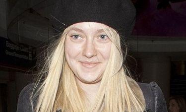 Η Dakota Fanning με natural look!