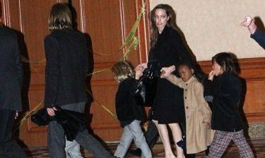 Angelina Jolie – Brad Pitt: Με τα παιδιά στο Cirque Du Soleil