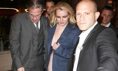 Britney Spears: Κουρασμένη αλλά ενθουσιασμένη μετά τον αρραβώνα