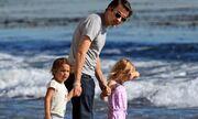 Ποιον τρέχει να αγκαλιάσει η κόρη της Halle Berry;
