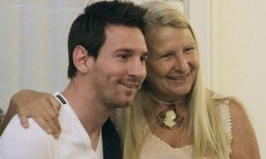 Λιονέλ Μέσι: Η τρυφερή αγκαλιά της μαμάς του