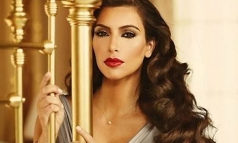 Η Kim Kardashian παρουσιάζει τη νέα της διαφήμιση