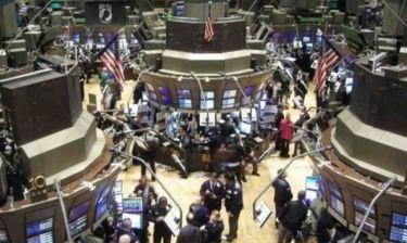Μεικτές τάσεις στη Wall Street