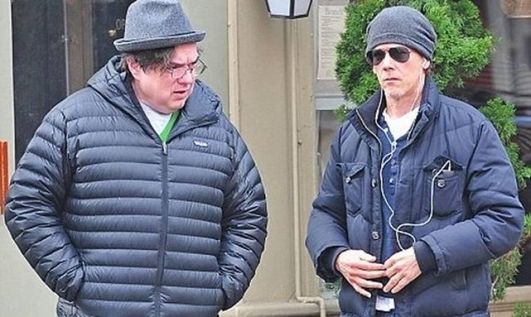 Ο Kevin Bacon και ο Oliver Platt με grunge διάθεση…