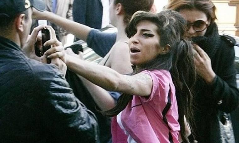 Mitch Winehouse: Προετοιμάζει συναυλία στη μνήμη της Amy