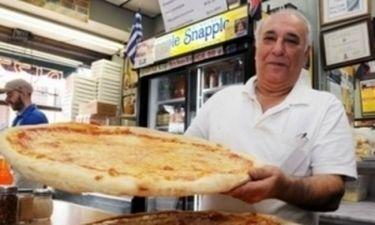 Ελληνική πιτσαρία στις 5 καλύτερες του Μανχάταν!