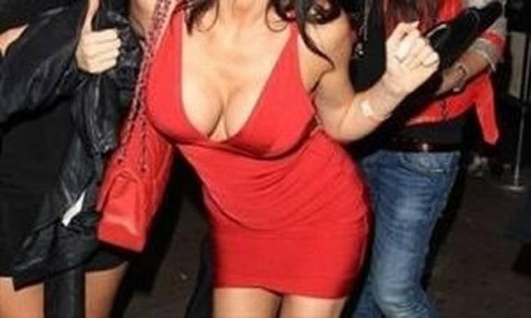 Το πληθωρικό στήθος της… (φωτό)