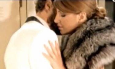 Έλενα Παπαρίζου: «Ένιωσα άβολα με τις ερωτικές σκηνές στο Mr. Perfect»