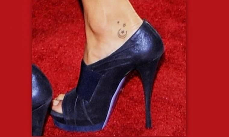 Σε ποιο μοντέλο ανήκει αυτό το τατουάζ!