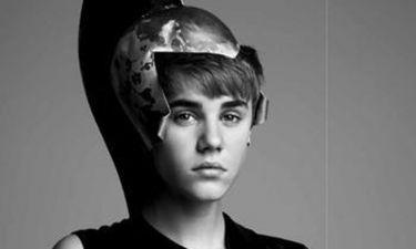 To παγωμένο πρόσωπο του Justin Bieber στο V