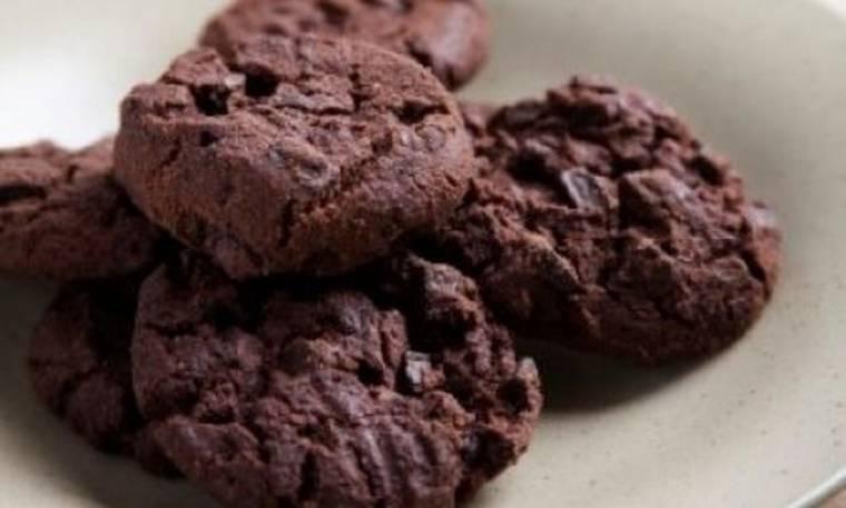 Σοκολατένια cookies με κομματάκια σοκολάτας