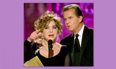 Retro: Όταν η Elizabeth Taylor παρουσίασε βραβείο Χρυσής Σφαίρας