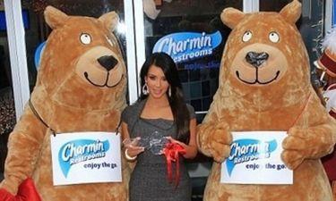 H Kim Kardashian εγκαινιάζει… τουαλέτες!