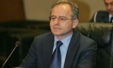 «Καίει» τις πηγές του Υπουργού Αμυνας ο Μπεγλίτης για τα τανκς