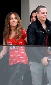 Jennifer Lopez:  Φιλιά στα πλατό με τον Casper Smart