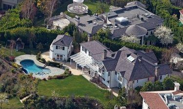 Το σπίτι παλάτι, αξίας 4.3 εκατομμυρίων λιρών του...