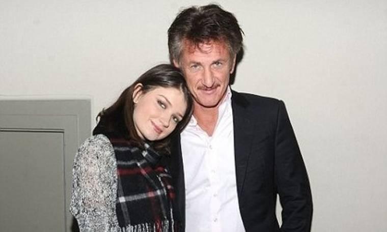 Η κόρη του Bono παραδέχεται: «Ήταν τρομακτικό να δουλεύω με τον Sean Penn»