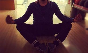 Ποιος επώνυμος κάνει yoga;