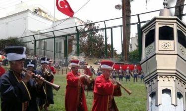 Τιμούν Τούρκους που κατέκτησαν τη Θράκη!