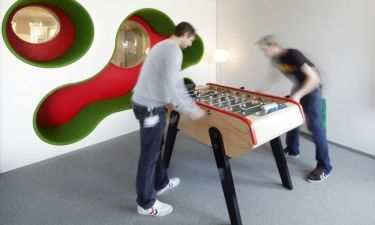 H δουλειά είναι… παιχνίδι στα γραφεία της Lego