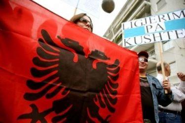 Αλβανοί ζητούν τον επαναπατρισμό των λαθρομεταναστών!