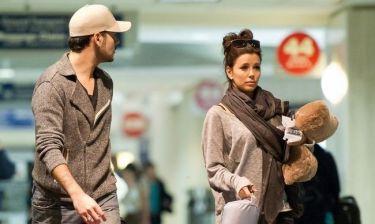 Eva Longoria – Eduardo Cruz: Τους έχουν «φάει» τα αεροδρόμια