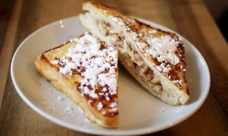 Γεμιστό french toast