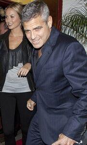 George Clooney: Σε πρόωρο ρομαντικό ραντεβού με την Stacey Keibler