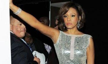 Σοκ! Η Whitney Houston νεκρή!