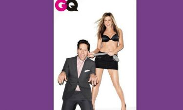 Η Jennifer Aniston τραβάει τον Paul Rudd από το… λαιμό