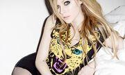 Avril Lavigne: Φωτογράφηση στο FHM