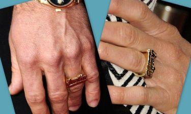 Ποιο διάσημο ζευγάρι φοράει ίδια δαχτυλίδια;