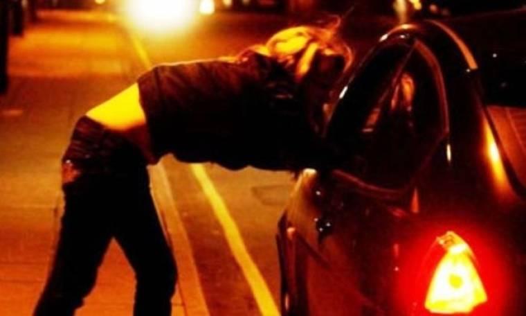 «Στο κόκκινο» η παράνομη πορνεία στο κέντρο της Αθήνας