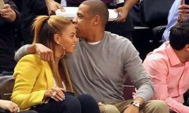Beyonce-Jay Z: Πρώτη εμφάνιση μετά την γέννα με… αγκαλιές και τρυφερά φιλιά!