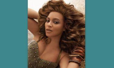 Η Beyonce φωτογραφίζεται για την κολεξιόν της