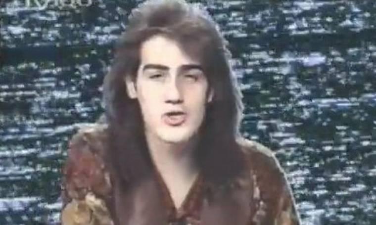 Σπάνιο: Ο Κανάκης με μαλλιά σφουγγαρίστρα το 1989 (nassos blog)