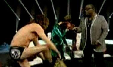 Ο Steven Tyler έκανε στριπτίζ στο American Idol